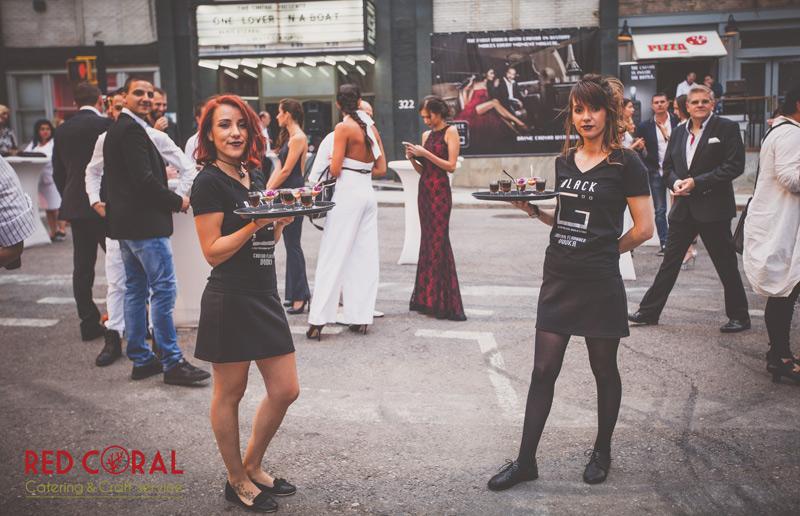 Обслужващ персонал (сервитьори, бармани) за събитие - Парти / социален кетъринг за град София