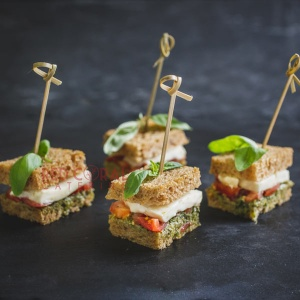 Мини сандвич Капрезе