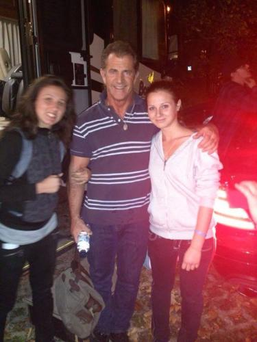 Ели, Mel Gibson и Сани